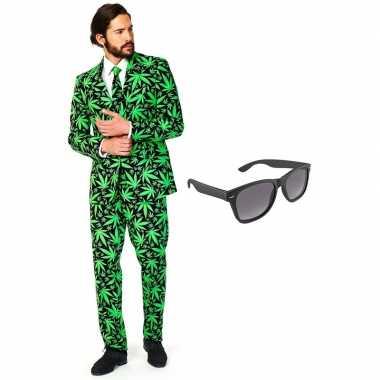 Verkleed cannabis print net heren pak maat xxxl gratis zonnebril
