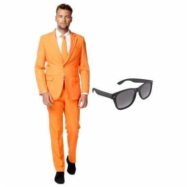 Verkleed oranje net heren pak maat (xxxl) gratis zonnebril